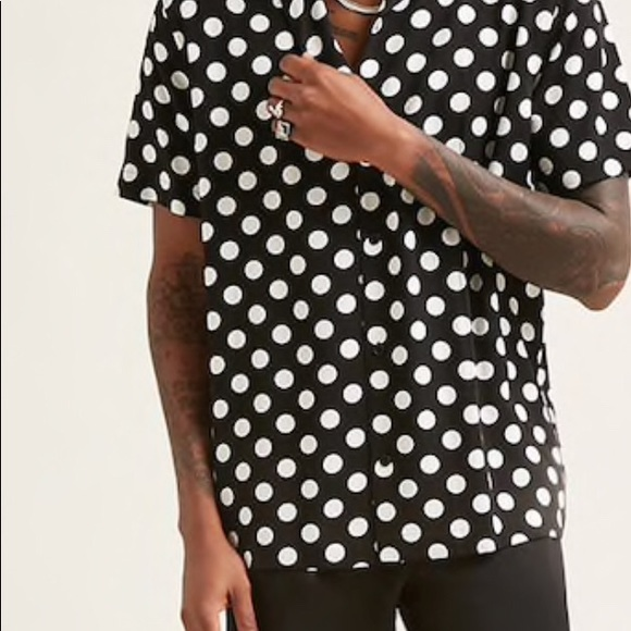 50ebae52613 Forever 21 men's polka dot shirt NWT